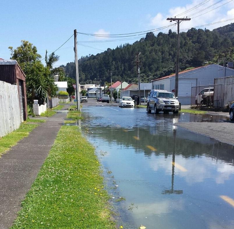 Davy St sunny day flooding 26 Nov 2018 3.9 m tide